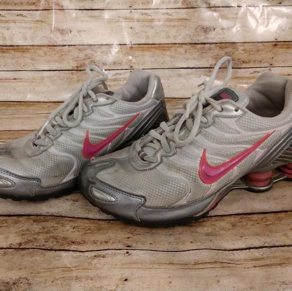 Nike Shoes | Girls Nike Shox Size 5